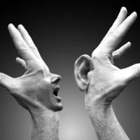 Mani che parlano
