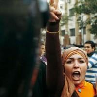 Donna maghreb protesta